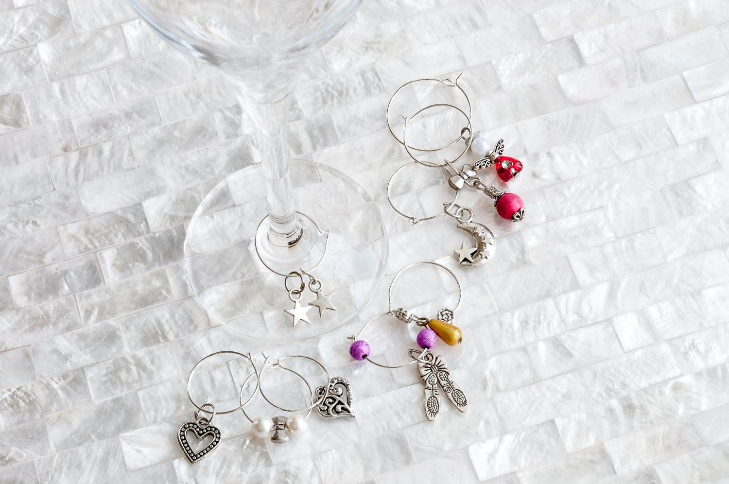 Champagne glass rings